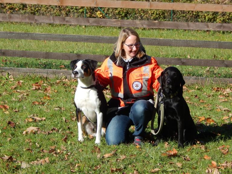 Sylvia mit Linus und Benni